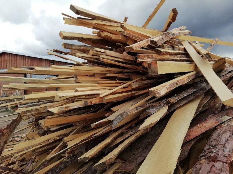 Opał i drewno konstrukcyjne